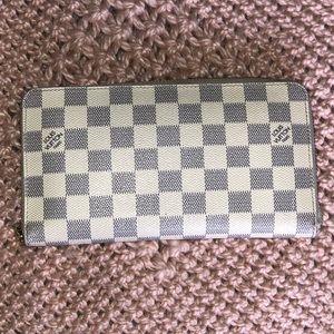 Auth Louis Vuitton Damien Azur Zipper Wallet